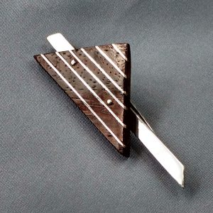 wedge wood brooch